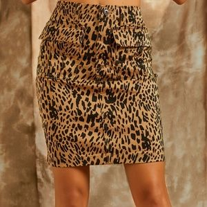 Suzanne Betro Animal Print Skirt